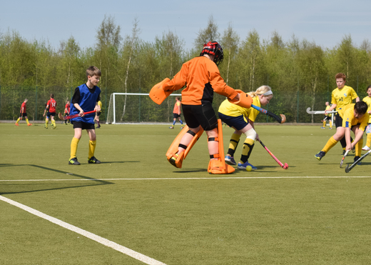Ewen and Amelia in Under 12 Action