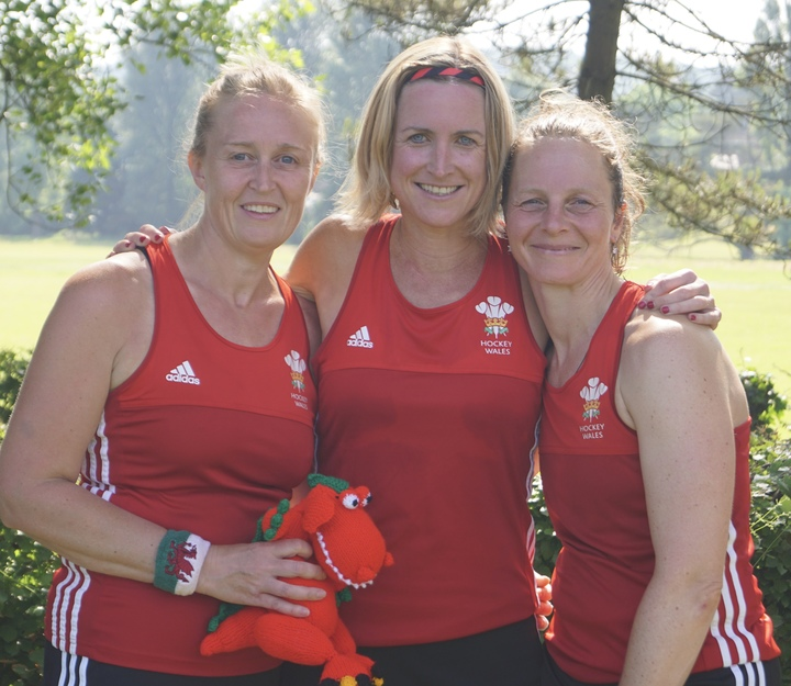 SJ Thompson (left) representing Wales O40's Master