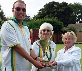 Mary Green winners Clive Shipway and Hazel Tranmer with president Kate Herbison