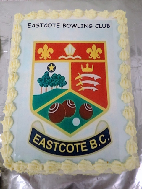 That's what I call a Club Cake...thanks, Jan Metcalf.