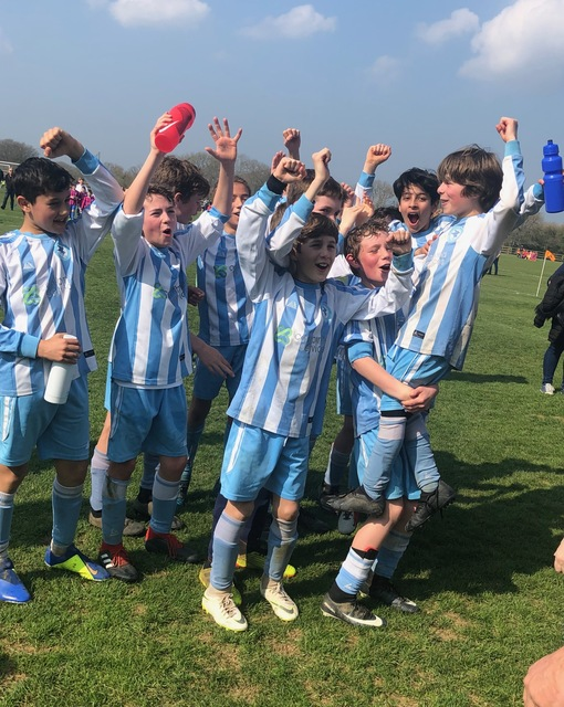 Lions celebrate their cup win!