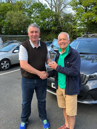 Ian Mackie presents Andy Bland with 4th Team Player of the Year 2018/19