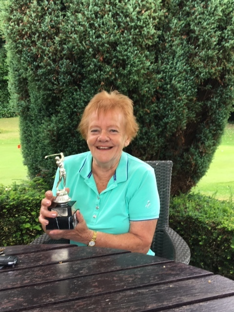 Patricia Sewell winning Bunny Smithers Trophy played for by Committee 2019