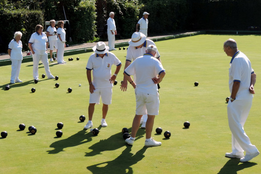 ......and quite a bit of bowls (and sunshine!)