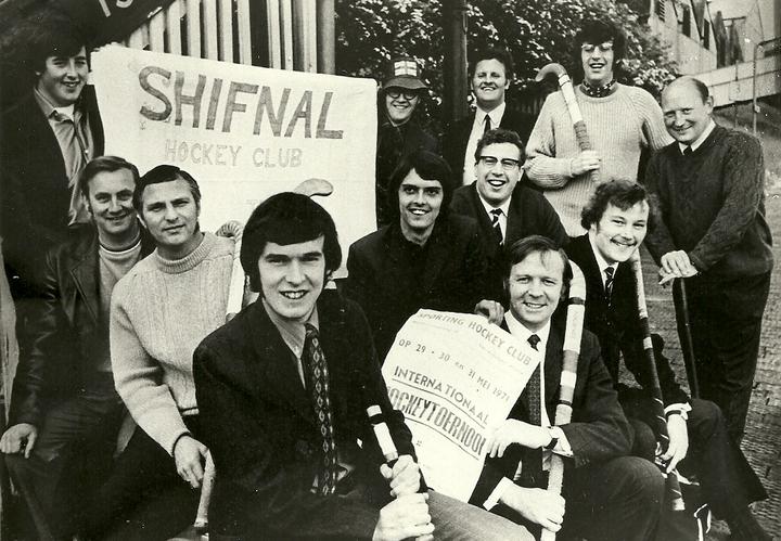 From Left GK Phil ?, Crofty, ? Jones, Harry Woodrow, Arthur Carpenter, Whisper, ? Jones, Calvin Flether - back row right... ?, Peter Thompson (Tope), Marston Cook, ?