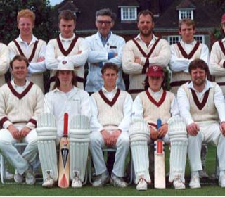 Sunday 1st XI: (Back Row) Paul Webb, Chad Porter, Danny Hazle, Umpire?, Dave Cantor, Ben Cocklin, Dean Hanson; (Front Row) Barry Davies, Paul Collier, Paul Lattimore, Chris Keneally, Bill Gray, Richard Smith