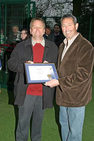 Graham Gooch and Dave Barbone