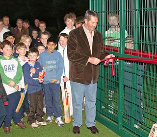 Graham Gooch officially opens the new nets
