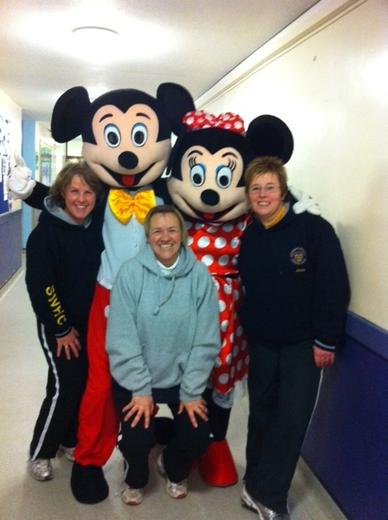 Ladies 4ths meet Mickey & Minnie in Sandy