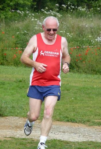 Gary Slattery running the inaugural Brundall parkrun (20-06-15)