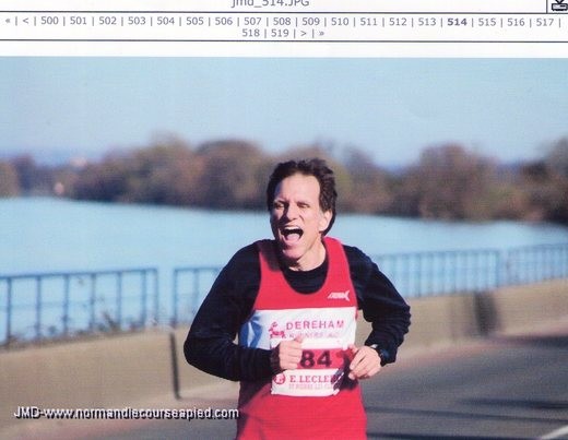 John Richardson along the banks of the River Seine in the Semi Marathon des Boucles de la Seine (11-03-07)